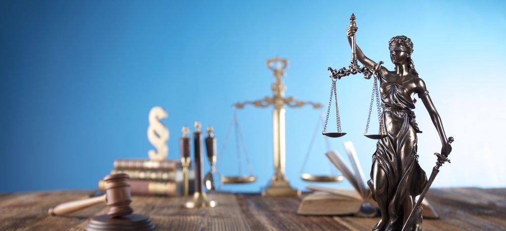sigorta davasına bakan avukatlar